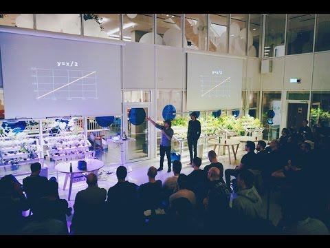 The universe as a function by Fernando Vía Canel & Paulo Ragonha @ sthlm.js Meetup, Klarna