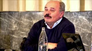 preview picture of video 'Oscar Farinetti ad Alessandria - intervento al convegno Agroalimentare'