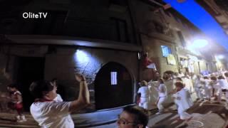 preview picture of video 'Encierro Toros por las Ruas de Olite'