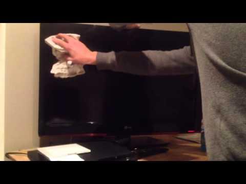 comment nettoyer un ecran tv a led la r ponse est sur. Black Bedroom Furniture Sets. Home Design Ideas