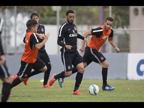 Com saída próxima de Guerrero, Corinthians faz preparação especial para Vagner Love