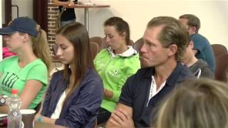 Презентация конноспортивной обучающей программы в Maxima Park. Спикеры - В.Белецкий и коллеги из Гер
