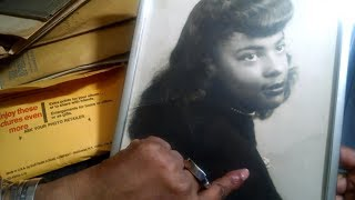 ASMR Flipping Through Old Family Pictures 📷📸 Whispering Tapping Hand Movements