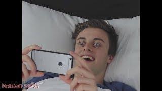 เมื่อคุณคิดจะเล่นโทรศัพท์ แปปนึงก่อนนอน #พิเศษไม่ใส่หมู