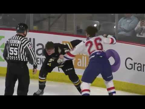 Liam Kidney vs Zachary L'Heureux