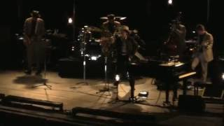 Bob Dylan Forest Hills 7/9/16 Autumn Leaves