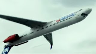 『フライト』メイキング映像で、背面飛行中の機内撮影の様子を公開