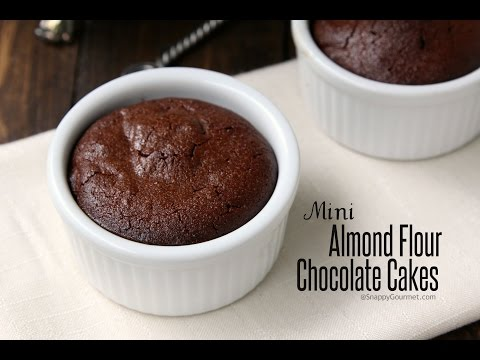 Video Mini Almond Flour Chocolate Cakes Recipe