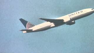 preview picture of video 'Feltham Park Planespotting 11/03/2014 Part 13 - United 777-200ER PW4000 Sound!'