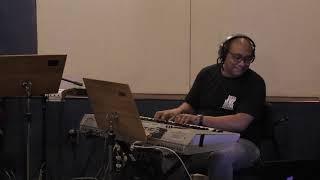 """Paulo Calasans rehearsing """"Tudo Que Voce Podia Ser"""""""