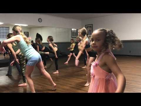Mariah & Stephanie SYTYCD 11-11-19