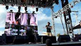 Dizzee Rascal-Pussyole(Old Skool) / Fix Up Look Sharp live@Treasure Island Festival,SF-Oct 15,2011