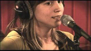 Studio Brussel: Renée - Dum Dum Dum