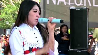 Via Vallen - Surat Cinta Untuk Starla (Live CFD Semarang HD)