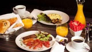 Karel Gott Když muž se ženou snídá + text