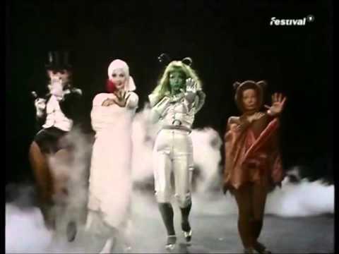Grace Jones-Sinning-video edit