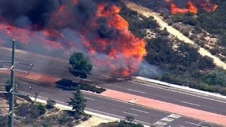 Southern California wildfires prompt mass evacuations | Kholo.pk