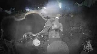 Video The Train Robbers - Vampire