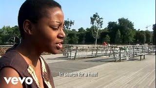 Christina Goh - L'instant ft. Henry Tiacoh