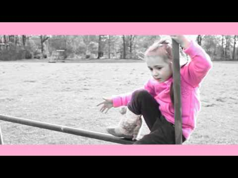 Canan - Superstar - ( 4 jährige rappt) - Official Video