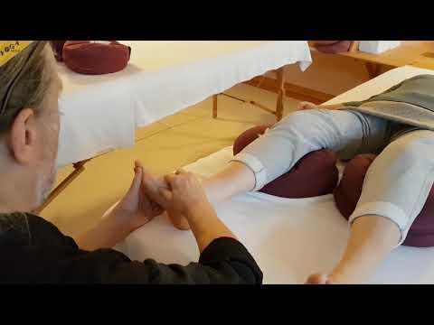 Schmerzen in der Wirbelsäule Rücken