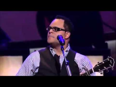 Amazing Grace (My Chains Are Gone) - Israel Houghton