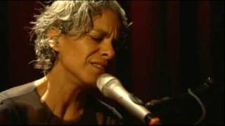 Kamilya Jubran - Ghareebah تحميل MP3