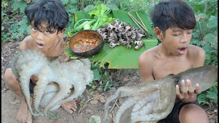 Primitive Technology - Awesome cooking octopus - eating delicious