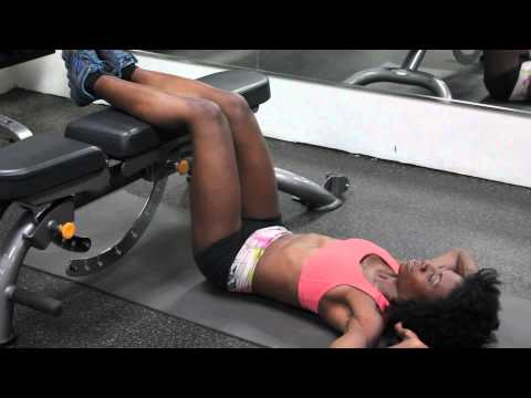 Floor Crunches With the Legs on a Bench : Working Out to Be Fit