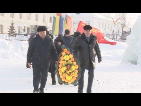 В Николо-Березовке возложили цветы в честь Дня защитников Отечества