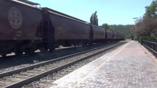 Rare!! BNSF Train Simulator Unit (4723) leads a grain train thru Flagstaff!