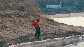 НИКТО не ожидал ТАКОГО! Зачётная рыбалка ранней весной после таяния льда на реке