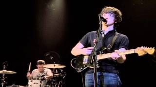 Arctic Monkeys - Do Me A Favour (Live At The Apollo)