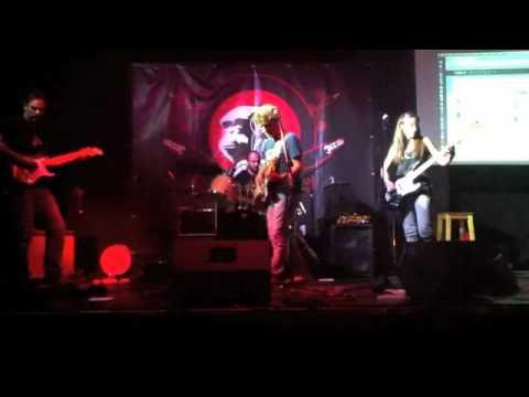the ballad of lindsay lohan // demo // theFUs2012
