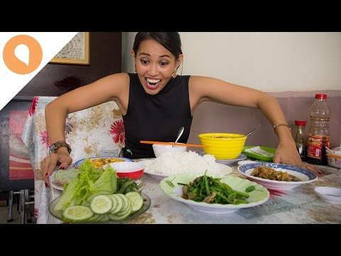 Download Youtube  mp3 - Eating Vegetarian Food in Saigon - Christina's Street Feast - #7