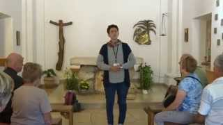 preview picture of video 'Tantur Guide Singing at Carmelite Church, Daliyet al-Karmel'