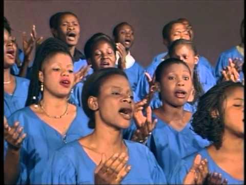 Charles Mombaya Dans Tu Es Dieu