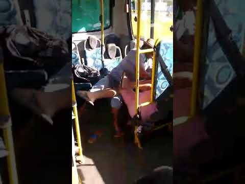 Briga acabou em sangue dentro de ônibus