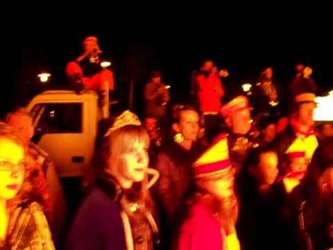 De Bliekers 2011 Maashees : Bliek verbranden