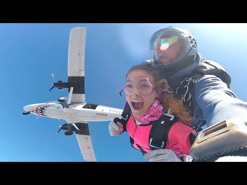 Download i fell out of a plane Mp4 HD Video and MP3