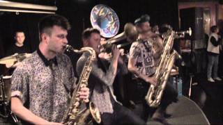 Lucky Chops – medley  Mr. Saxobeat / Funky Town / Bad Romance/ I Feel Good 4/17/15