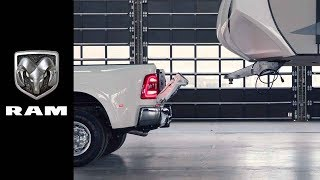 Hooking Up to a 5th Wheel Trailer I Ram Heavy Duty | Know Before You Tow