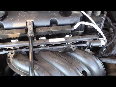 Des Benzins mit dem Zusatz des Azetons