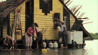 "BEASTS OF THE SOUTHERN WILD Clip: ""Wasn't No Time For Cryin'"""