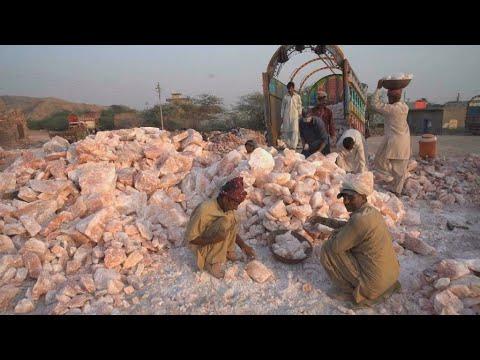 Le sel rose de l'Himalaya, une mine d'or pour le Pakistan?