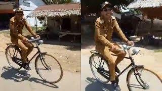 Viral Video Camat Mengayuh Sepeda Ontel Menuju Kantor, Ingin Ajarkan Hal Ini kepada Masyarakat