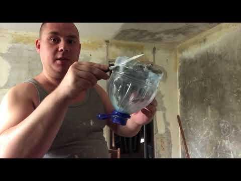 Снятие побелки с потолка первый раз скребком