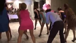 Смотреть онлайн Классный танец для подружек невесты