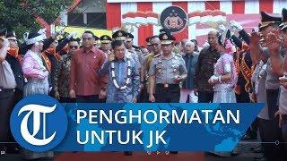 Rangkaian Penghormatan Anggota Polri dalam Tradisi Pengantar Purna Tugas Jusuf Kalla