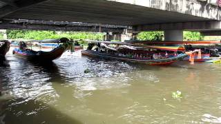 preview picture of video 'Taling chan floating Market MVI_1563.MOV'